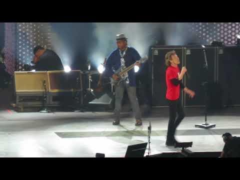 "The Rolling Stones ""Start Me Up"" - Live @ U Arena, Paris - 25/10/2017 [HD]"