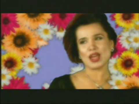 YULDUZ USMONOVA 2001