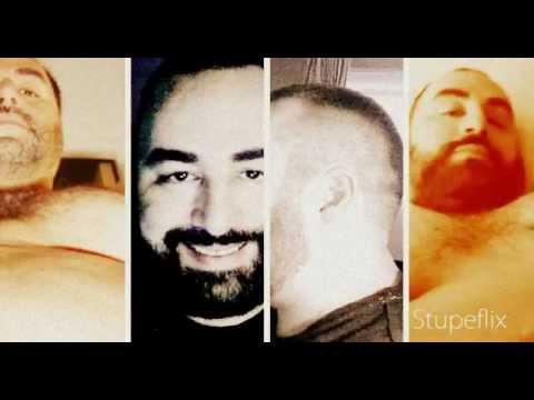 Hombre se quita la ropa, desnudo y Fuerte (chapusón - agua) from YouTube · Duration:  1 minutes 6 seconds