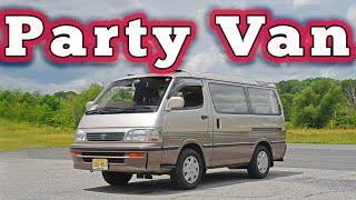 homepage tile video photo for 1994 Toyota HiAce Super Custom: Regular Car Reviews