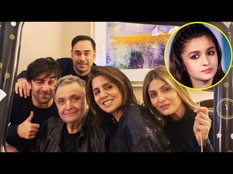 Rishi Kapoor IGNORES Alia Bhatt In Their Family Picture On New Year Celebrations 2019