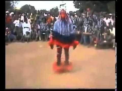 Amazing African Dance...