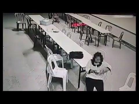 Ver mujer poseída es golpeada frente a cámara - LaPeliculas.com