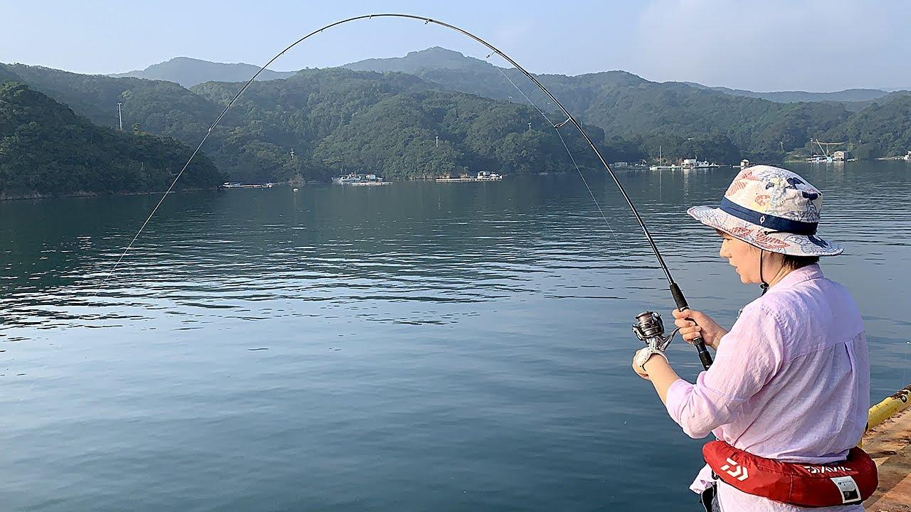海釣り公園でのんびり釣りするはずが…。ひと工夫して大物を狙う【釣り車中泊&N-VAN女子旅】