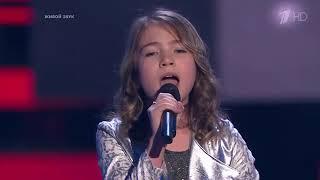 У девочки волшебный голос! Голос Дети 2019