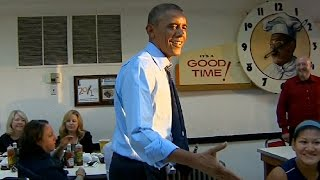 President Obama eats at Arthur Bryant's