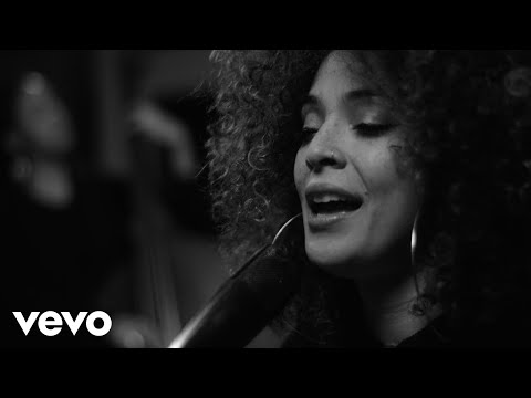 Kandace Springs - Solitude (Live Session)