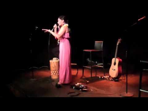 Maisey & JJ Rika from Aotearoa perform...