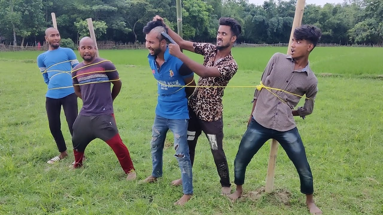 Funniest amazing comedy video 2021 must watch funny comedy video  Mahafunny