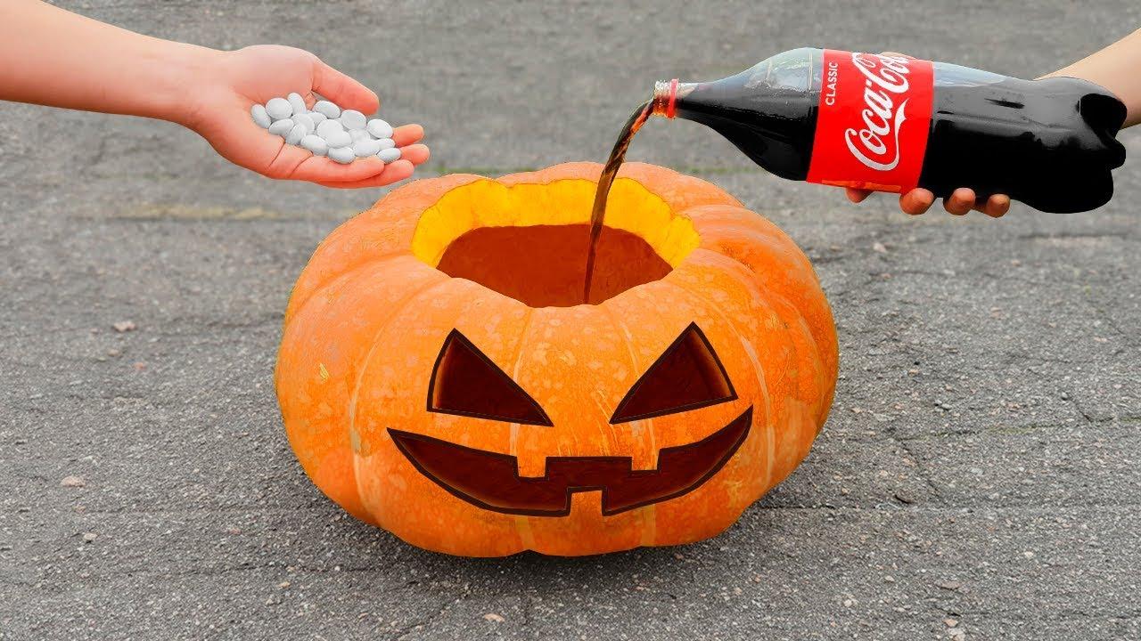 Experiment: Pumpkin Vs Coca Cola and Mentos