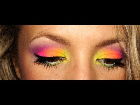 Maquillage FLUO again avec ACID palette I Clairette Sweety