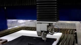 MECAJET 3215 - 5 axes - découpe jet d'eau de mousse 50mm