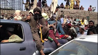 video: Desperate locals flock to airport as Taliban takes over Kabul