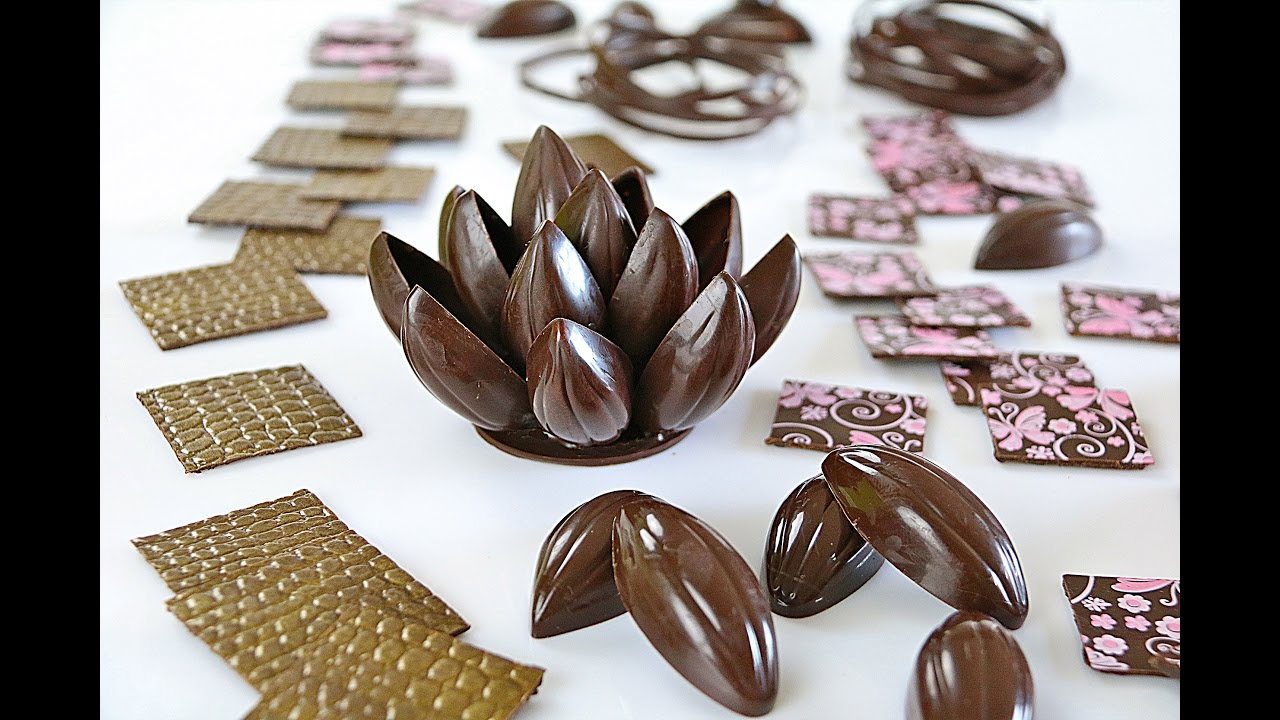 Decoraciones con chocolate negro atemperado youtube - Decoraciones para postres ...