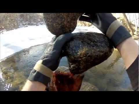 Rock Balance - POV Counterbalance Demonstration by Michael Grab (GravityGlue).mp4