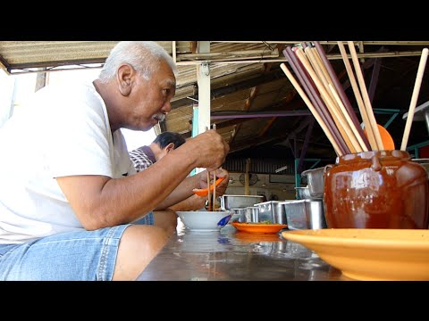 The Teochew Porridge Tradition Lives On In Penang !