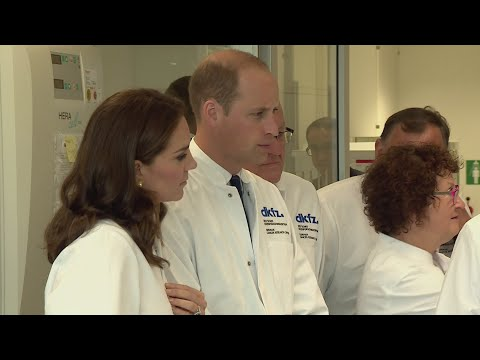 William and Kate visit Cancer Research Centre