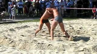 Zapasy plażowe - Mistrzostwa Polski - Racibórz 22 VIII 2010 - Finał wagi ciężkiej