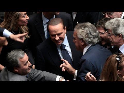 Berlusconi just survives Italian confidence vote