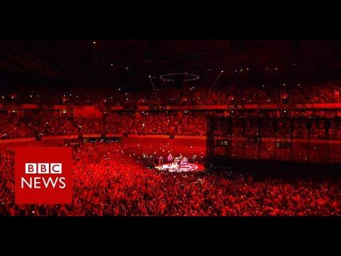 Take a tour of U2's ground-breaking stage - BBC News