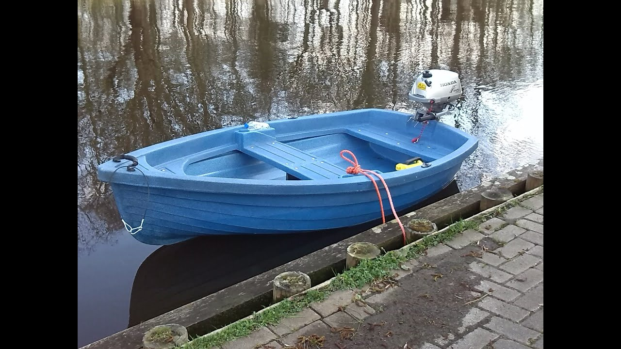 Ongekend Boot met Honda 2 pk buitenboordmotor - YouTube LV-34
