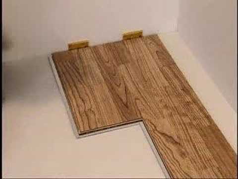 Como se instala un suelo de madera youtube for Como instalar suelo laminado
