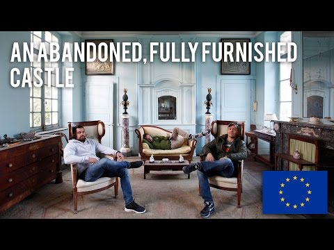 An abandoned, fully furnished Castle