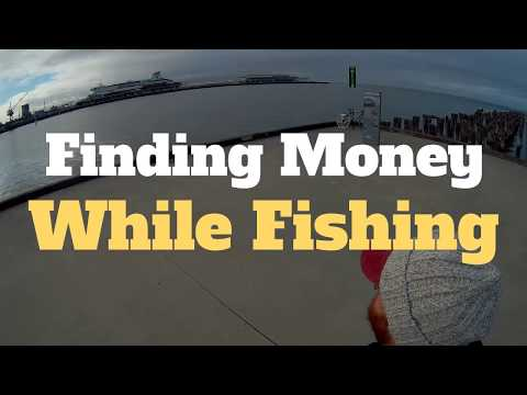 Finding MONEY while fishing Princes Pier, Port Melbourne