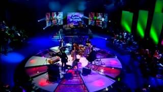 Amor Electro feat Simone de Oliveira | No teu poema [Live Video]