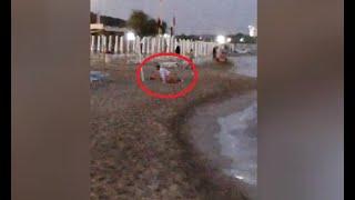 Vergogna a Gallipoli, coppia 'a luci rosse' in spiaggia: il video fa il giro del web