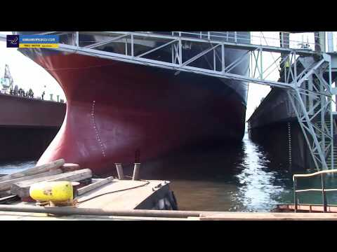 NISSOS RODOS: ΔΕΞΑΜΕΝΙΣΜΟΙ - Dry docking