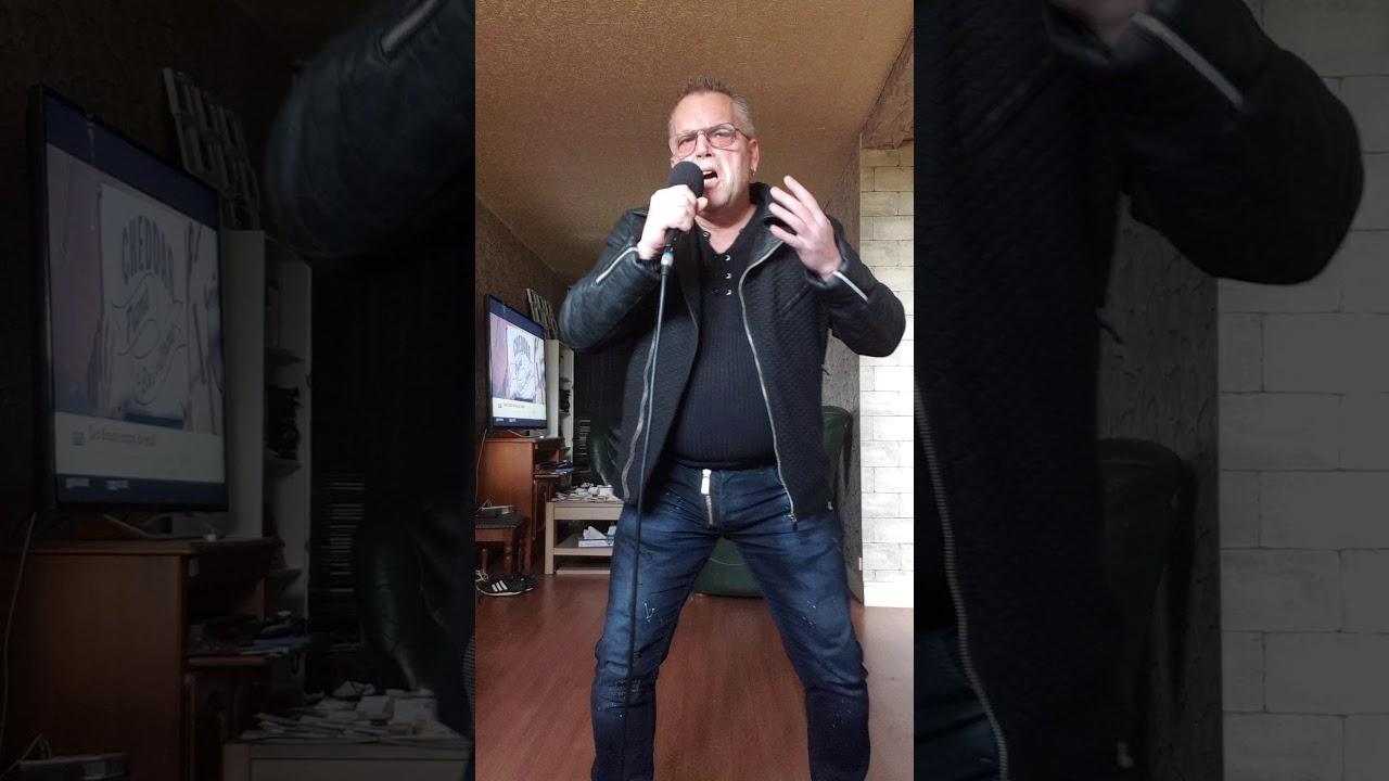 chris chante Francis Cabrel Carte postale - YouTube