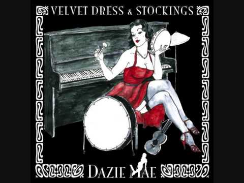 """Dazie Mae -- """"Sofa"""" (official)"""