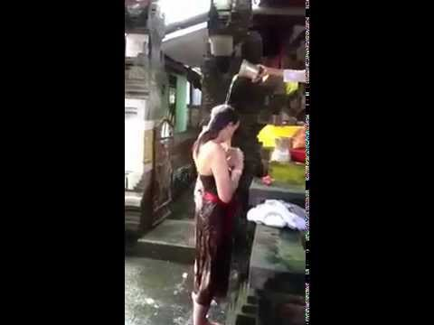 Aura Cleaner in Bali