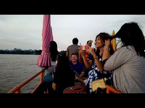 thai laos travel in mekong river by tadsaban boat