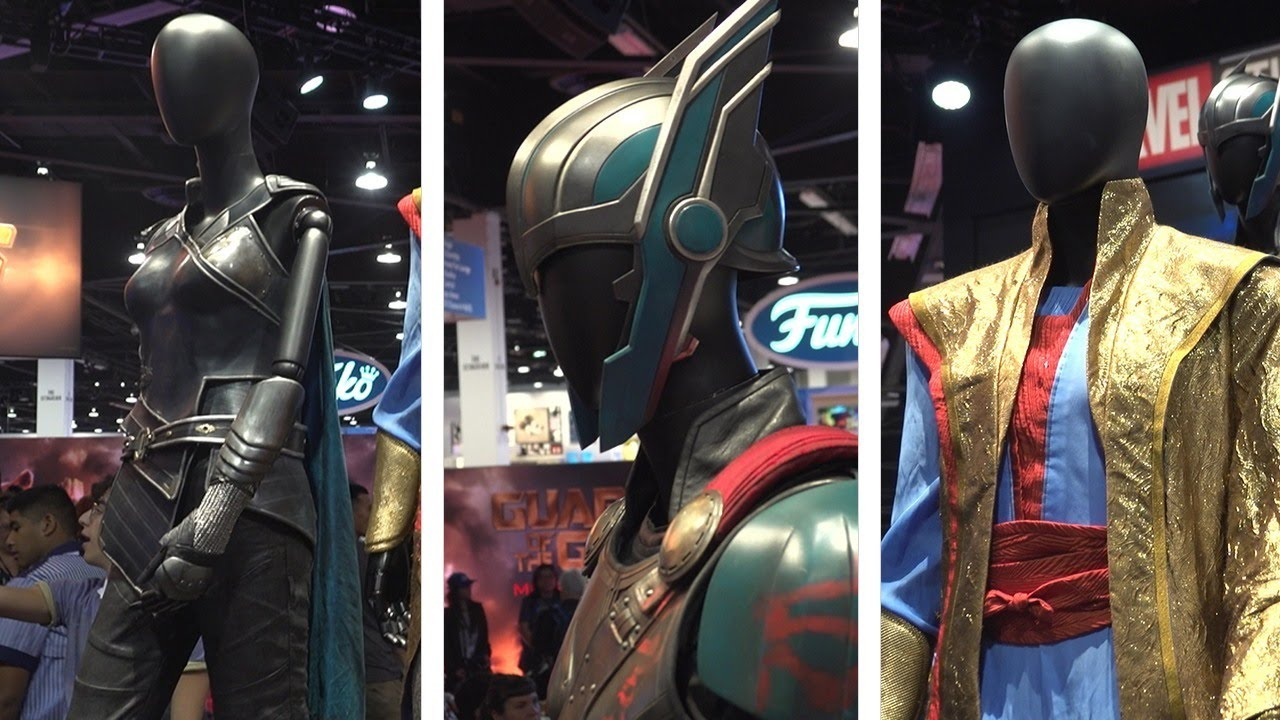Up Close With Thor Ragnarok S Costumes And Props D23 2017 Youtube