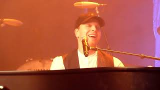 "Gavin DeGraw performing ""Won't Back Down"" (Tom Petty Tribute) @ The Rio Theatre in Santa Cruz"
