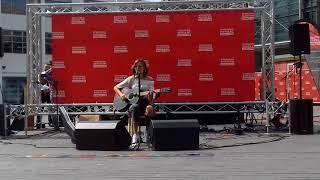Nina Nesbitt - Loyal to Me LIVE ( InternationalBuskingDay @Wembley Park)