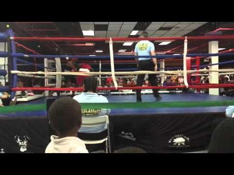 Austin Williams Wins 5th Bout Against Former Golden Glove Champion