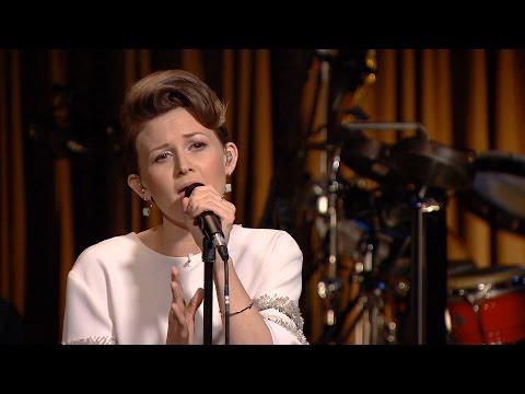 Stine Bramsen synger 'Dry Lips' - Toppen af Poppen