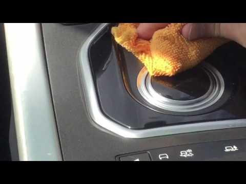 range rover evoque Prestige interior cleaning top tip baby wipes