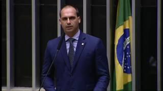 Eduardo Bolsonaro comenta condenação de Lula (12/JUL/2017)