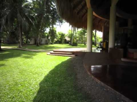 NANAJUANA Marina in Rio Dulce.... nice place... enjoyed the pool!