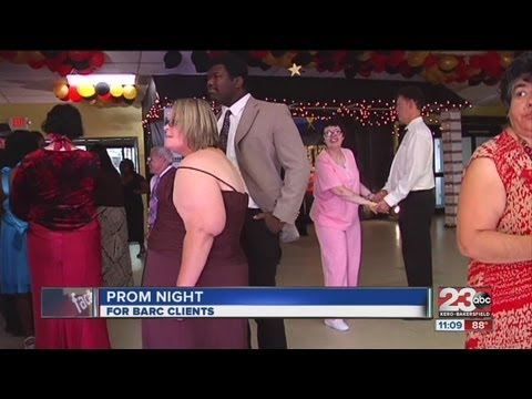 Bakersfield organization holds prom for people with disabilities