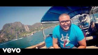Смотреть клип Dj Hamida Ft. Kalsha, Younes Depardieu - Salut La France