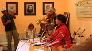 Devi Music Ashram (Rishikesh India) - Krishna bhajan - singer Neeti