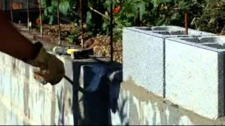Muro contención tierras con bloques de cemento, armados y corona Capitulo II  video nº 52.wmv