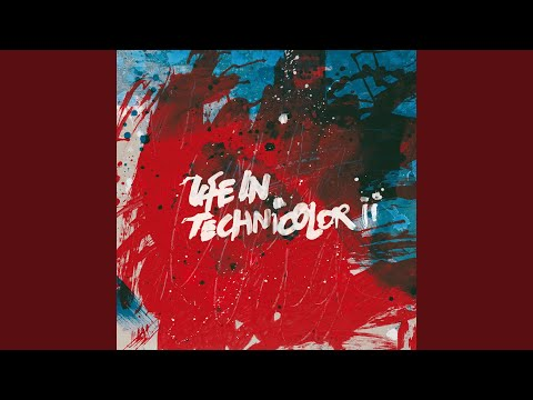 Life In Technicolor ii (Live @ The O2, London)