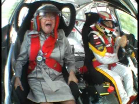 SEAT Sport_Jordi y Su Abuela.wmv