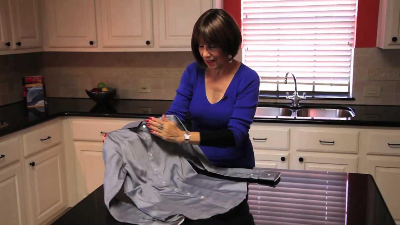 Como doblar una camisa para viajar rebeca nesselrode - Como doblar una camisa ...